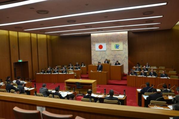 『平成26年笠間市議会定例会議場写真』の画像