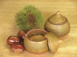 『笠間焼に入った いわまの栗菓子』の画像