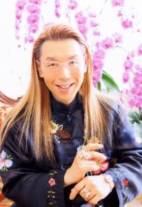 『假屋崎省吾』の画像