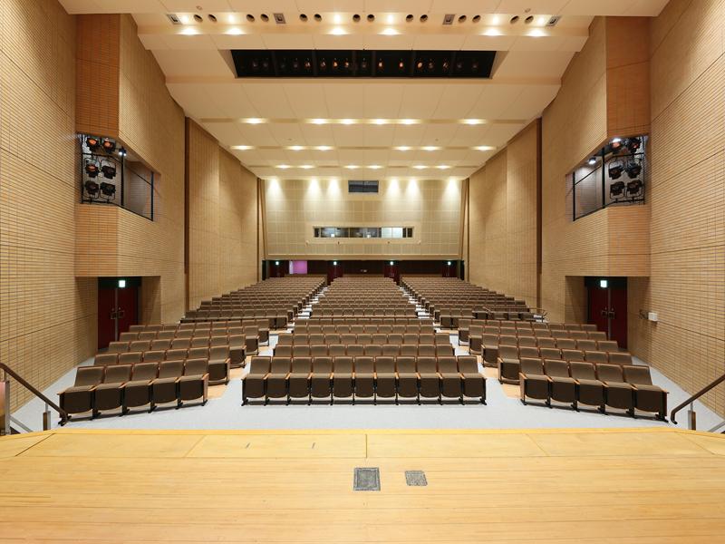 『リニューアル後大ホール』の画像