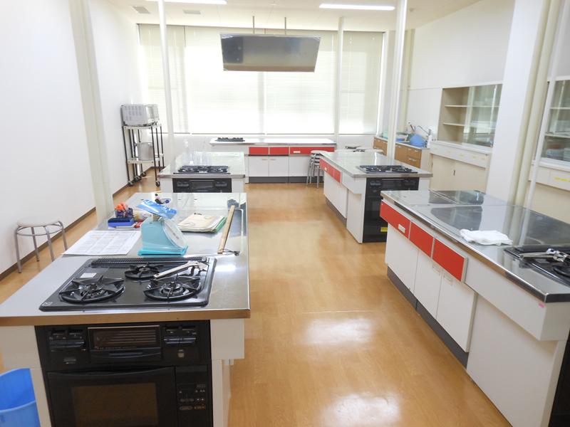 『リニューアル後調理室』の画像