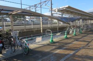 『岩間駅駐輪場』の画像