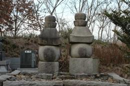 『五輪石塔』の画像