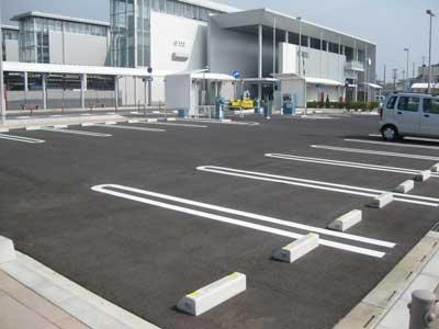 南口広場駐車場