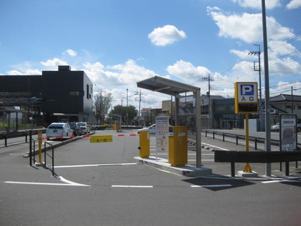 岩間駅西口駅前駐車場