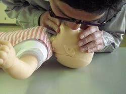 乳児の人工呼吸