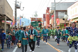『六所神社例大祭の様子75』の画像